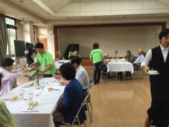 参加していただいた皆様とも会話を楽しみながら地域の交流が深まります。