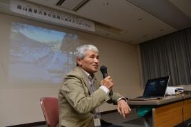 福島県大内宿「大内宿結の会」顧問吉村徳男氏。廃校を活用した茅葺塾など、地元大内宿の保存のための取り組みについて説明して頂きました。