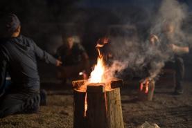 綺麗な炎を上げて燃えています。