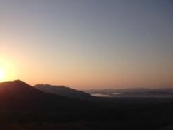蒜山高原を見下ろせます。 写真にはありませんが、反対側は大山を望むことができるロケーションです。