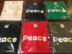 やっぱり、争いでなく、平和がいいです。ということで、当店オリジナルの「PeaceTシャツ」を販売しております。売り上げは、災害復興や社会貢献事業に寄付します。ぜひお買い求めください。 以上、売り込みでした。
